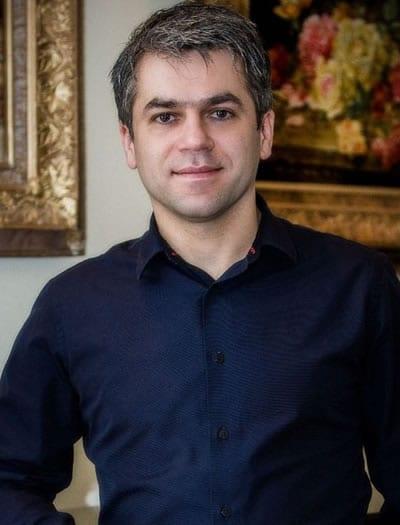 Dr. Afshin Moghaddam